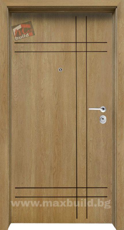 Входна Блиндирана врата Италианска с фрезовка