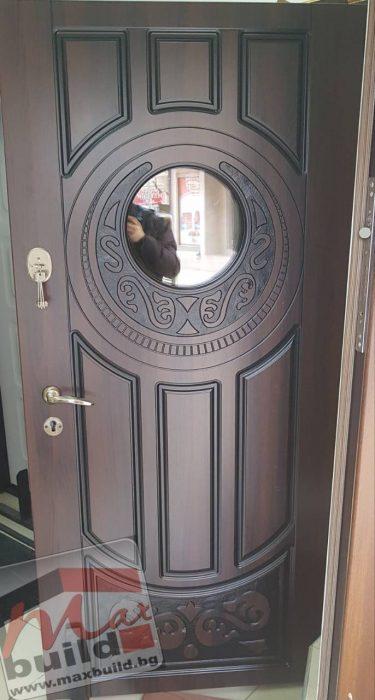 Украинска Входна врата подходяща за външни условия (за къща) със стъкло  – 179 цвят тъмен орех
