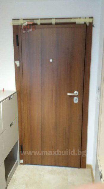 Входна врата за къща с HPL подходяща за външни условия (италианска врата пълна версия)