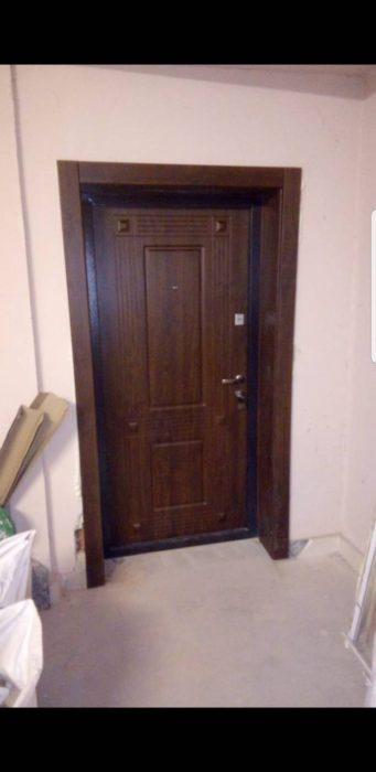 Входна врата за къща (подходяща за външни условия) – 55 двуцветна