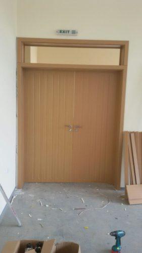 Двукрила Интериорна врата (различни модели и цветове)